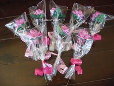 Pedido de rosas para regalos comunion. Goma eva