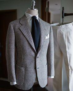 Hound tooth tweed jacket #비앤테일러 #bntailor #bespoke #handmade #tweedjacket #exclusivefabric