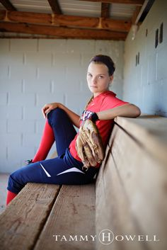 Louisville Softball Senior Pictures (4)