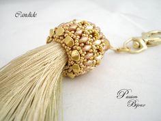 SCHEMA CANDIDE, porte-clés e/ou bijou de sac, vintage, expliqué étape par étape et en images : Tutoriels de fabrication par passion-bijoux                                                                                                                                                      Plus