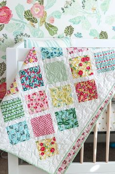 Springtime Lattice Baby Quilt Tutorial | This beautiful lattice quilt is perfect for your new grandbaby!
