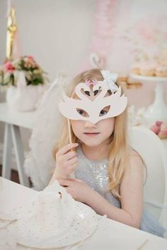 Swan Mask | Swan Party by Little Big Company