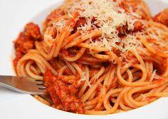 Bolognai spagetti recept (Spaghetti Bolognese) recept foto