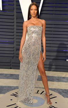 Kendall Jenner, Emily Ratajkowski… Les 12 looks les plus sexy de l'after-party Vanity Fair des Oscars 2019 Kendall Jenner, Emily. Oscar Dresses, Gala Dresses, Event Dresses, Red Carpet Dresses, Date Outfits, Dress Outfits, Dress Up, Evening Outfits, Night Outfits