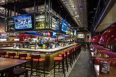 Glastender Gallery Pub Bar, Beer Bar, Cafe Bar, Mom's Restaurant, Restaurant Design, Restaurant Interiors, Sport Bar Design, Pub Design, Sports Bar Decor