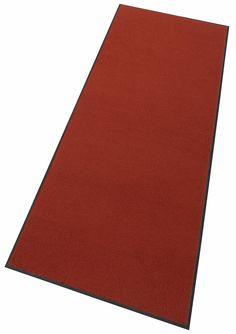 Details:  Farbe: terracotta, Vielseitig einsetzbar und ideal zum Kombinieren, Lebendige und ausdrucksstarke uni-Farbe, Extrem hohe Lichtechtheit, Mit rutschhemmender Rückenbeschichtung,  Qualität:  1.98 kg/m² Gesamtgewicht, 9 mm Gesamthöhe, Rücken 100% Nitrilgummi, Rutschhemmende Beschichtung auf der Unterseite,  Flormaterial:  100% Polyamid,  Wissenswertes:  Waschbar bei 60° C, Trocknergeeigne...