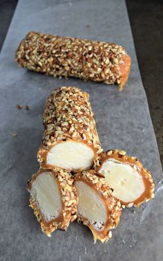 This Pecan Log Roll Recipe makes approx. 8 delicious pecan logs covered in creamy caramel and crunchy pecans. Perfect candy to gift to family and friends. Pecan Recipes, Fudge Recipes, Candy Recipes, Sweet Recipes, Cookie Recipes, Dessert Recipes, Christmas Snacks, Christmas Cooking, Pecan Log Roll