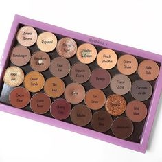 My holy grail current everyday @makeupgeekcosmetics eyeshadow @zpalette. Which are your favourite shades?