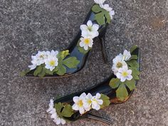 Recycled Black Fairy Shoes with Green Leaves by FairyFlowerDreams