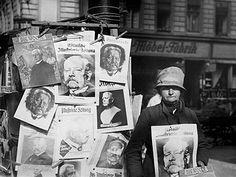 Berlin 1927-Zeitungsstand einer Berliner Zeitungshaendlerin zum 80.Geburtstag des Reichspraesidenten (v.Hindenburg geb. am 2.10.1847)