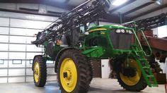 Makin it shine. John Deere Equipment, Farming, Tractors, Monster Trucks, Construction, Building
