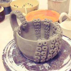 jesserayus / octopus ceramic bowl (to be glazed)