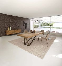 Find out all of the information about the ROCHE BOBOIS product: contemporary dining table / oak / MDF / steel TRACK by Luigi Gorgoni. Oak Dining Table, Dining Table Design, Dining Chairs, Dining Set, Room Interior Design, Furniture Design, Contemporary Dining Table, Contemporary Furniture, Deco Design