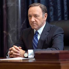 """Kevin Spacey's Hot 2016 Take: """"We Get What We Deserve"""" The House of Cards actor blames the media for turning the election into entertainment. Frank Underwood, Kevin Spacey, Shows On Netflix, Movies And Tv Shows, House Of Cards Actors, Gq, Blood On The Tracks, House Of Cards Seasons, Mejores Series Tv"""