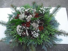 "Dušičková kytice menší ""buchta"" Flower Arrangements, Christmas Wreaths, Holiday Decor, Garden, Flowers, Home Decor, Centerpieces, Mesas, Floral Arrangements"