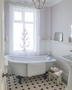 Here are the Farmhouse Bathroom Remodel Ideas. This article about Farmhouse Bathroom Remodel Ideas was posted under the Bathroom category. Cottage Bathroom Design Ideas, Vintage Bathroom Decor, Victorian Bathroom, Vintage Bathrooms, Bathroom Interior, Modern Bathroom, Bathroom Ideas, Master Bathroom, White Bathroom