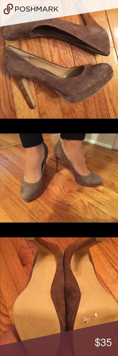 "Pumps Gorgeous and comfortable at the same time 4""heel.  Brand new retails for $148. Banana Republic Shoes Heels"