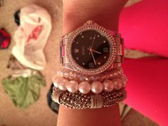 ... yes i could use a Rolex..