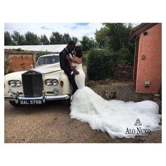 Congratulations to our latest AloNuko bride Morayo who tied the knot with her bae earlier today!  You weerked the heck out that dress baby!  #moed2016  AloNuko brides do it best. #alonuko #bride #wedding #weddingdress #weddingdesigner #londondesigner #britishfashion #britishbride #nigerianbride #beautiful #fashion #style #styleinspiration @bellanaijaweddings @bellanaijastyle @nigerianweddinggallery @nigerianwedding @weddingdigestnaija @cremedelabride @africansweetheartweddings…