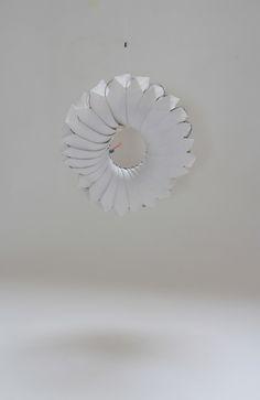 Stonepaper, draad en paardenhaar Ria van Krieken
