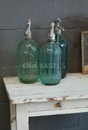 Accessoires - Landelijke accessoires in brocante stijl zoals spiegels wandrekken glas, emaille en servies - Old-BASICS - Webwinkel