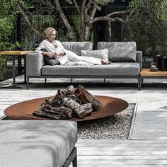 Gloster Grid offers limitless ways to configure its individual elements. The top of the x rectangular side table is made of n Outdoor Lounge, Outdoor Seating, Outdoor Spaces, Outdoor Living, Outdoor Decor, Furniture Care, Modular Furniture, Garden Furniture, Outdoor Furniture
