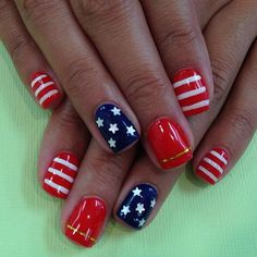 Red white & blue nail art designs for your of july manicure Fancy Nails, Pretty Nails, Nail Art Kawaii, Hair And Nails, My Nails, Nail Art Designs, Patriotic Nails, 4th Of July Nails, Fourth Of July