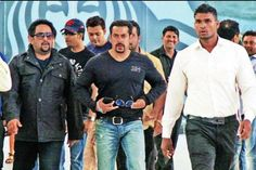 PIC: Salman Khan back in Mumbai
