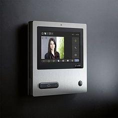 panele sieciowe dotykowe marki Siedle - otwierasz drzwi, odbierasz tel. itp. jednym przyciskiem
