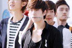 12.07.02 Incheon Airport - leaving for happy camp (Cr: baekpercent: baekpercent.net)