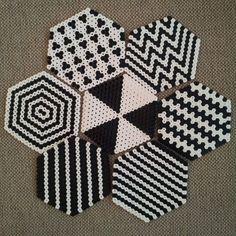 アイロンビーズでコースターを手作り。参考にしたいおしゃれなアイデア集   iemo[イエモ]