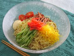 冷やし中華 chilled Chinese noodles