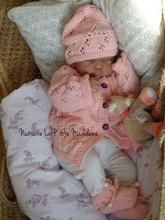 Reborn Babypuppen, Reborn Dolls, Baby Dolls For Sale, Silicone Reborn Babies, Creations, Castle, Crochet Hats, Kids, Reborn Baby Girl