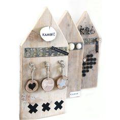 Huisjes steigerhout: magneet- en prikbordjes