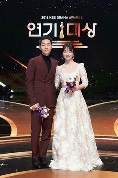 Song-Song couple at KBS Drama Awards 2016