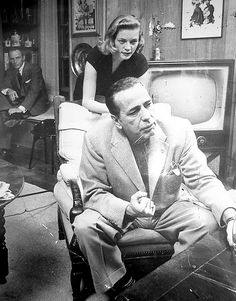 Frank Sinatra, Lauren Bacall and Humphrey Bogart .old hollywood at its finest. Old Hollywood, Classic Movies, Hollywood Stars, Humphrey Bogart, Bogart And Bacall, Actors, Lauren, Celebrities, Movie Stars
