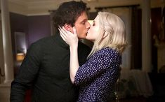 iZombie - kisses!