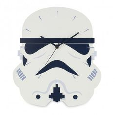 Add the finishing touch to a Star Wars themed bedroom or man cave with this cool Stormtrooper Shaped Wall Clock. Matching bedding and bedroom accessories and free UK delivery available. Cadeau Star Wars, Star Wars Kitchen, Vintage Boys, Star Wars Gifts, Iconic Movies, Chiaroscuro, Star Wars Collection, Bedroom Accessories, Bedroom Themes