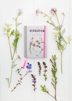 Give away: pocket herbarium, by zilverblauw.nl