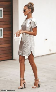10 Holiday Party Dresses That Won't Break the Bank - FabFitFun Company parties, family gatherings, and New Year's Eve soirees – there's more than enough reasons to get your dress collection in order this time of year. SEE DETAILS. Holiday Party Outfit, Holiday Party Dresses, Holiday Outfits, Cocktail Party Outfit, Holiday Clothes, Holiday Parties, White Long Sleeve Dress, White Dress, Types Of Dresses