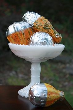 fall decorating silver spray painted gourds1 Add Silver To Your Fall Decor
