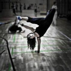 Bgirl breakdance