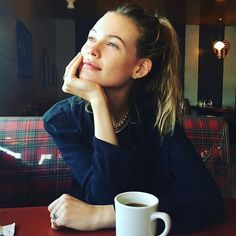 Behati Prinsloo's Honorary French-Girl Beauty: Glowing Skin and a Messy Ponytail
