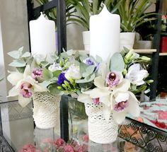 lumanare de botez din orhidee alba Wedding Decorations, Wedding Ideas, Table Decorations, Beautiful Candles, Birdhouses, Weeding, Stone Painting, Dress Lace, Altered Art