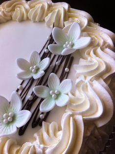 Marenkia, marenkia!: Omena-valkosuklaa täytekakku Cake Icing, Celebration Cakes, Party Cakes, Holidays And Events, Yummy Cakes, Amazing Cakes, Making Ideas, Cake Toppers, Cake Decorating