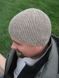 Thoracic Beanie pattern by Wendy Neal