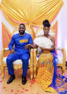 How beautiful are the colours in an African wedding? African Wedding Attire, African Attire, African Wear, African Women, African Dress, Ghana Wedding Dress, African Weddings, Nigerian Weddings, Nigerian Men