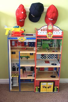 How to Decorate a Shared Boy & Girl Room Doll House For Boys, Mini Doll House, Toy House, Lego House, Diy Projects For Kids, Diy For Kids, Firefighter Bedroom, Playset Diy, Boy Girl Room