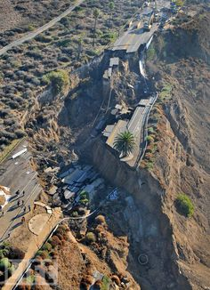 The San Pedro, CA landslide. from Life.