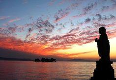 Matsue, Alluring Water City of Shimane – Japan Info Adachi Museum Of Art, Japan Info, Japanese Nature, Shimane, Visit Japan, Embedded Image Permalink, Cruise, Castle, Sunset